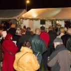 Weihnachtsfest 2015: Mit einem Glühwein die Live-Musik genießen